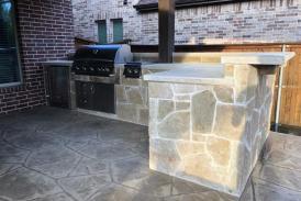 Lueder Outdoor Kitchen